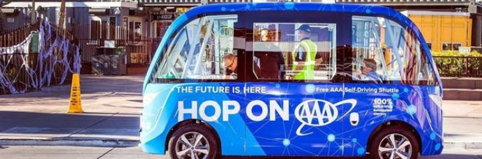 Why Self-Driving Buses, Not Cars, Need to Rule the Roads by 2050